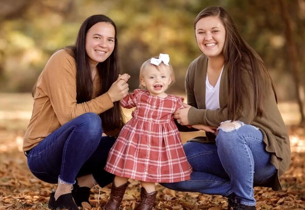 adoptive family Margot and Kate